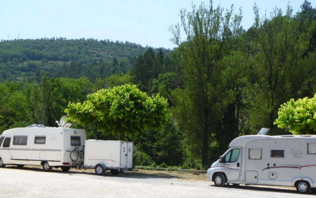 Aire de camping car d'Alzon